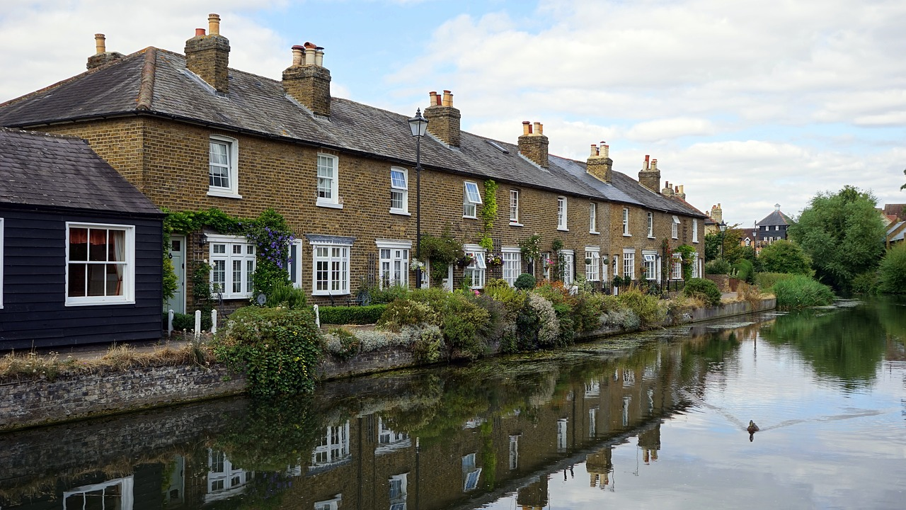 Letting a property as a furnished holiday let- is it worthwhile?